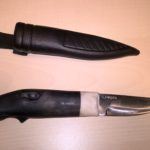 En fantastisk kniv med elgmotiv til utlodding